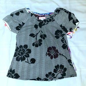 Koi Scrub Top Demi Style Floral Print size Small